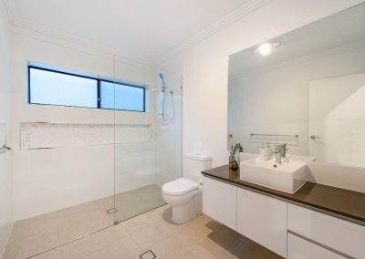 Duplex-Builder-Gold-Coast-Bathroom