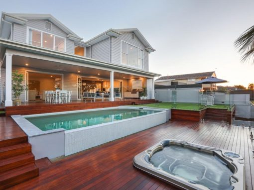 Hamptons Style Luxury Home – Broadbeach Waters
