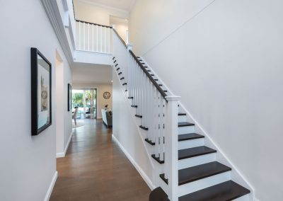 Luxury-Home-Builder-Stairs