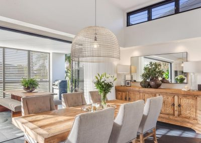 Broadbeach-Luxury-Home-Dining