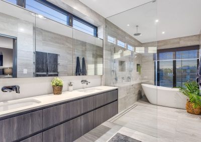 Broadbeach-Luxury-Home-Ensuite