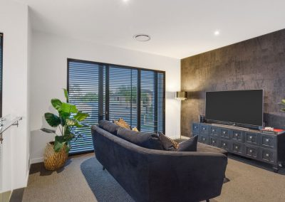 Broadbeach-Luxury-Home-Lounge