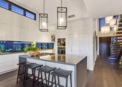 Broadbeach-Luxury-Kitchen-Built-by-Highlife-Homes