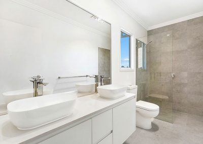 Southport Townhouse Ensuite