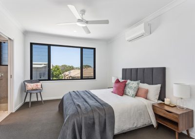 Townhouse Bedroom Tweed Heads